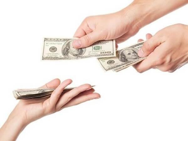 Mơ thấy có người trả tiền dự báo điều gì?